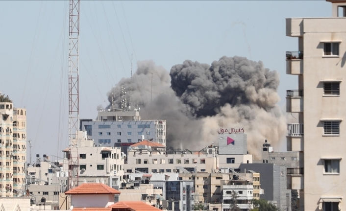 Israeli strikes destroy Gaza building with offices of Al Jazeera, American Associated Press