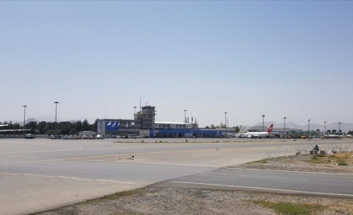 1st int'l commercial flight lands in Afghanistan since Taliban takeover